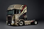"Producto Camion 1/24 Scania R730 Streamline ""Team Chimera"" - ITALERI"