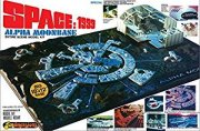 Producto MPC Space 1999 Moon Base Alpha Model Kit.
