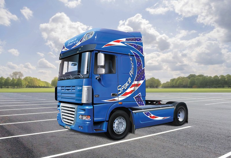 "Camion 1/24 DAF XF-105 ""Space America"" - ITALERI referencia IT3933 IT3933"